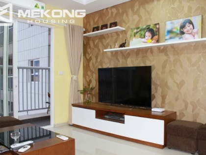 2 bedrooms Golden Palace apartment for rent in Tay Ho district, Hanoi
