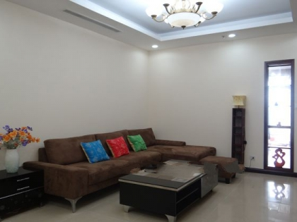 3 cozy bedrooms apartment for rent in Royal City