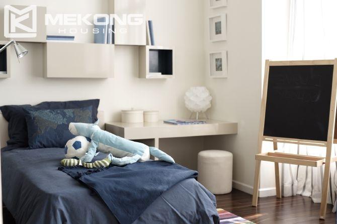 Duplex 4 Bedrooms Apartment For Rent In Watermark, Lac Long Quan Street,  Cau Giay Hanoi.