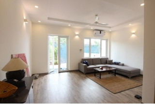 A lovely villa with 5 bedroom for rent on Xom Chua street, Tay Ho district, Hanoi
