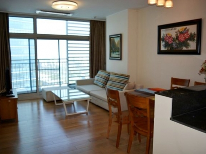 Nice apartment on a high floor for rent in Keangnam Landmark