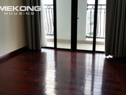 Apartment for rent in Royal city with 2 bedrooms, 109 sqm