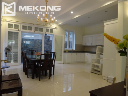 Cheap villa for rent in Ciputra Hanoi with 5 bedrooms