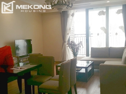 Good quality apartment with 3 bedrooms for rent in Vincom Nguyen Chi Thanh