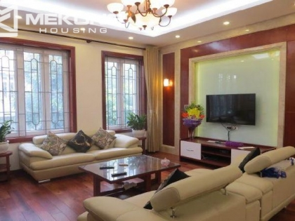Rental villa in Cau giay district, Hanoi, 9 bedrooms, modern furniture.