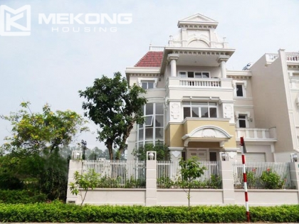 Very luxurious villa for rent in Ciputra with riverside and 5 bedrooms
