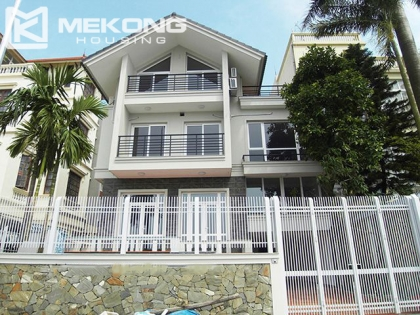 Villa for rent in Tay Ho district Hanoi, on the WestLake bank