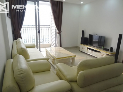 Vinhomes Nguyen Chi Thanh apartment with 2 bedrooms for rent